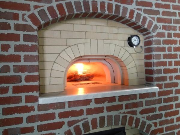 ピザ・、パン石釜